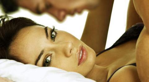 10 errores que cometen las mujeres cuando son infieles que de seguro no has notado