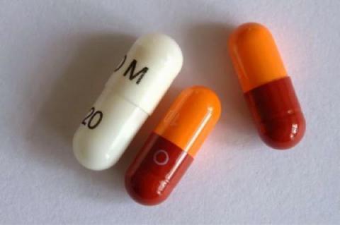 """Omeprazol: el """"protector gástrico"""" que destruye tu salud"""