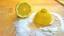 Pon un limón con sal en el centro de tu sala, éste truco cambiará tu vida!!