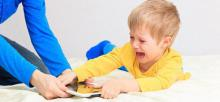 ¿Calmas a los niños con un celular o Tablet? Entérate del daño que les estás haciendo